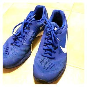 EUC Nike Men's Tri Fusion Running sneakers 12